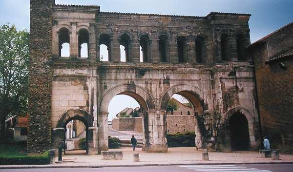 Porte Sant-André