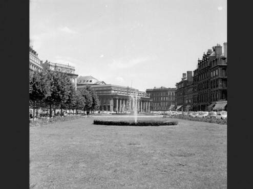 Place Tourny en 1979