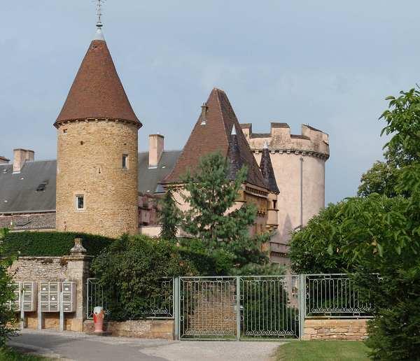 Chaintre France  City new picture : Château de Chaintré : C'est En France