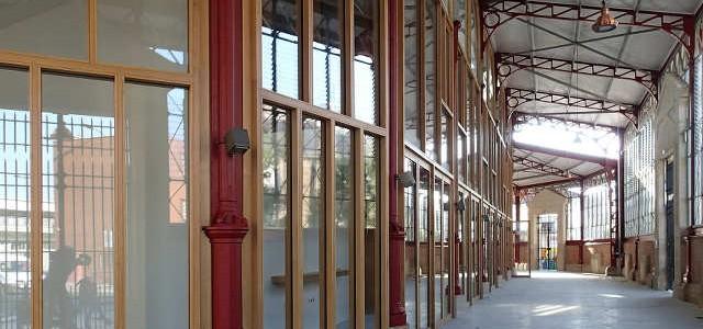 Marché des Douves (Bordeaux)