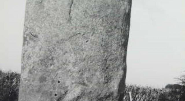 Menhir de Champ-Dolent