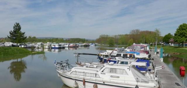 Port et Canal de Pont de Vaux