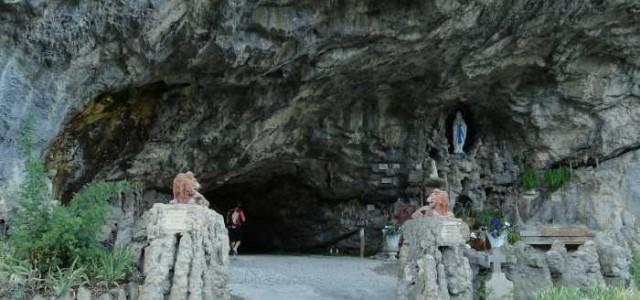 Grotte Notre-Dame de Lourdes (La Balme de Thuy)