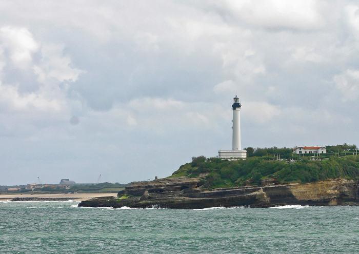 Phare de biarritz c 39 est en france - Phare de biarritz ...